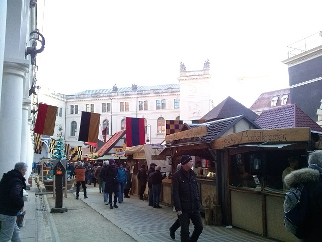 The Stallhofmarkt in Dresden is a little corner of middle ages experience!